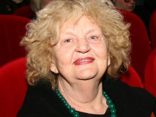 Татяна Лолова откри тържествата за 100-годишнината на българското кино в Париж