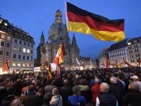 """ПЕГИДА нарече Ангела Меркел """"най-опасната жена в Европа"""""""