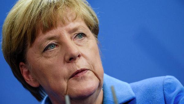 Меркел: Сваленият от Турция руски самолет усложни ситуацията в Сирия