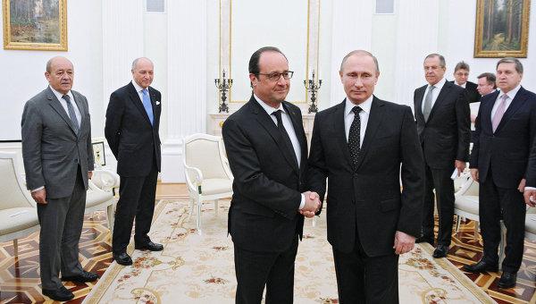 """Путин: """"Трудно е да се повярва"""", че Анкара не знае за доставките на петрол от терористите от Сирия"""