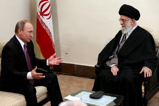 Путин и аятолах Али Хаменей обсъдиха въпросите на двустранното сътрудничество