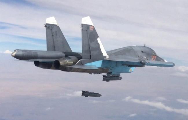 МО на РФ: Руската авиация е унищожила петролно хранилище и нефтопреработвателен завод на терористите в Сирия