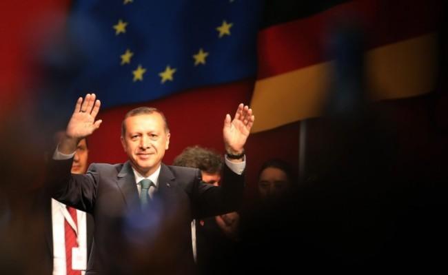 Кога Европа ще осъзнае, че има сериозен проблем с Ердоган, колкото с Асад?