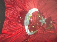 """От завода на """"Ефес"""" в Русия свалиха турското знаме"""