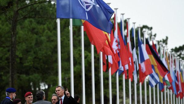 Захарова: РФ очаква, че САЩ ще се откажат от складовете за военна техника в Източна Европа