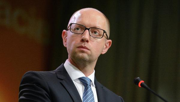 Times: Украинската прокуратура разследва Яценюк за участие в корупционна схема за десетки милиони долари