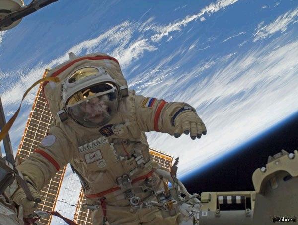 Цитрусови плодове и черен хайвер на новогодишната трапеза на руските космонавти