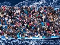 ООН: Рекорден брой бежанци през 2015 г.