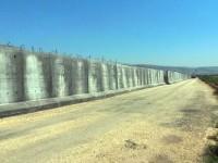 Турция строи стена по границата със Сирия