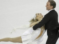 """Олимпийските шампиони Навка и Костомаров в ледено шоу пред март в """"Арена Армеец"""""""
