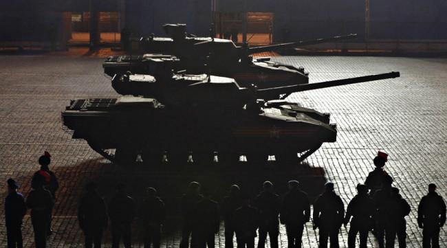 """Руската армия ще тества 20 прототипа на танк """"Армата"""""""