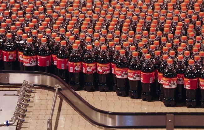 """""""Ведомости"""": В Русия могат да въведат акциз върху палмовото масло, захарта и газираните напитки"""