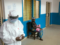 Как Русия разработи ефективна ваксина срещу Ебола само за година и половина