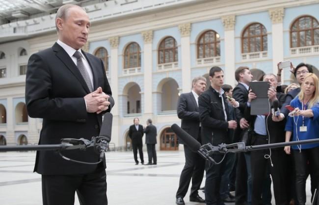 """Песков потвърди, че Путин ще проведе и тази година традиционната """"Пряка линия"""""""