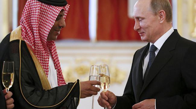 Русия изпревари Саудитска Арабия като най-голям снабдител на суров петрол за Китай