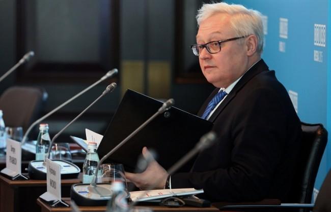 Рябков: Москва не води диалог със САЩ за параметрите за отмяна на санкциите