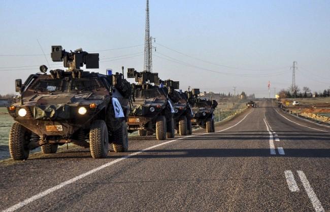 Руското министерство на отбраната публикува видео, на което турската артилерия обстрелва Сирия