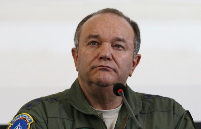 Брийдлав: САЩ и съюзниците им в НАТО се готвят за конфликт с Русия в Европа