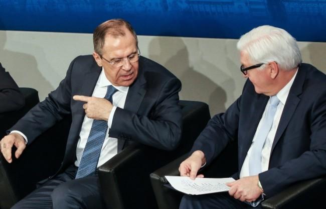 """Лавров и Щайнмайер ще обсъдят Сирия и реализацията на """"Минск-2"""""""