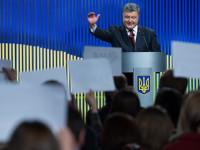 Порошенко: Киев е готов да размени двама задържани в Украйна руснаци за Савченко