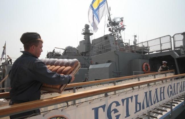 """Украинската фрегата """"Гетман Сагайдачний"""" пристигна в Турция за получаване на военно оборудване"""