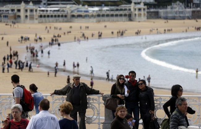 """Bild: """"Ислямска държава"""" планира атентати в курортите в Италия, Испания и Франция"""
