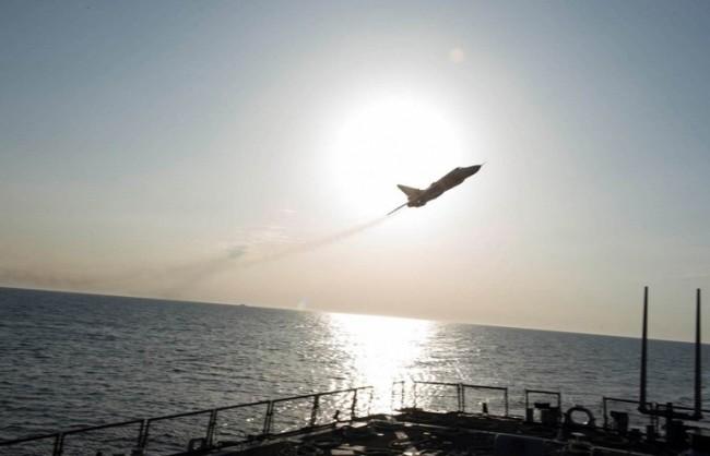 """МО на Русия: Американският миноносец """"Доналд Кук"""" се е намирал на 70 км от руска база на ВМФ"""