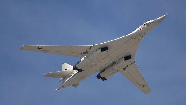 """""""Белият лебед"""": Новият стратегически бомбардировач на Русия"""