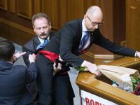 Der Standard за оставката на Яценюк: По-добре ужасен край, отколкото ужас без край