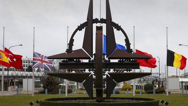 Contra Magazin: НАТО няма да спре, докато не погълне цяла Европа, с изключение на Русия