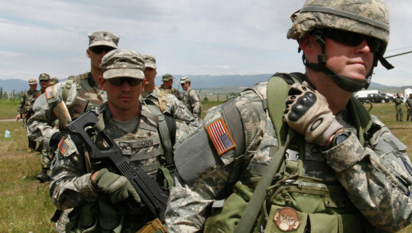 Стивън Коен: Приближаването на НАТО към Русия напомня на действията на нацистка Германия