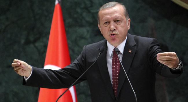 Турски адмирал: Ердоган иска да управлява до живот, за да избегне съда