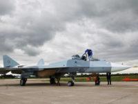 Най-новият руски изтребител Т-50 е готов за серийно производство