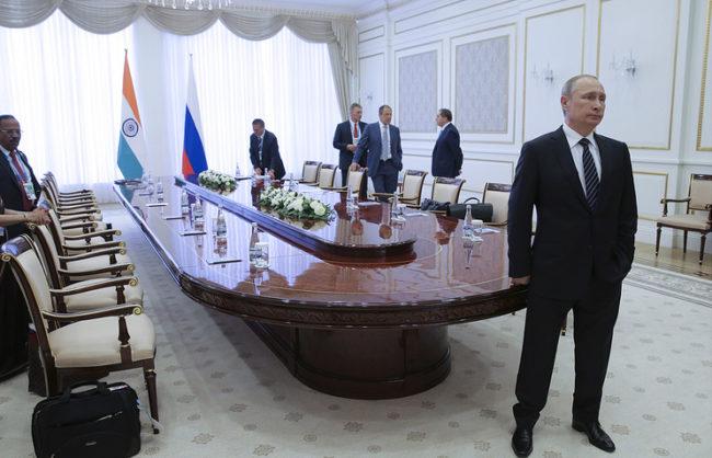 """Руският президент отговори на думите на Камерън за това, че """"Путин ще е доволен"""" от Брекзит"""