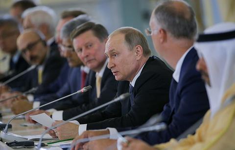 Путин: Русия почти е преодоляла спада в икономиката си