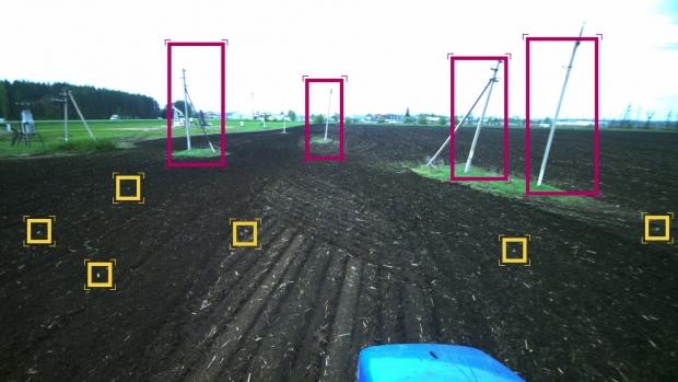 Първи тестове на безпилотен трактор в Русия