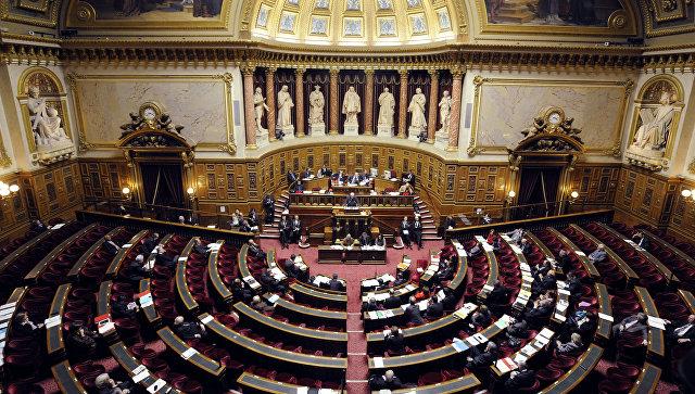 Сенатът на Франция гласува за смекчаване на санкциите срещу Русия