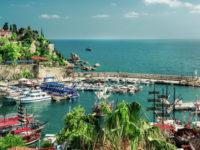 Турция в паника: 96% по-малко руски туристи пристигат в Анталия!