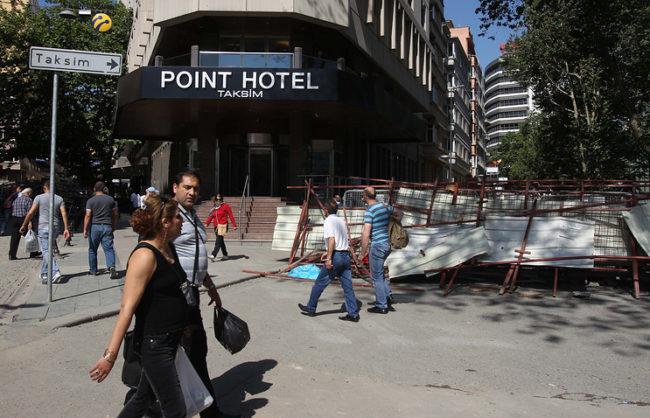 В Турция се намират още близо 1,5 хил. руски туристи