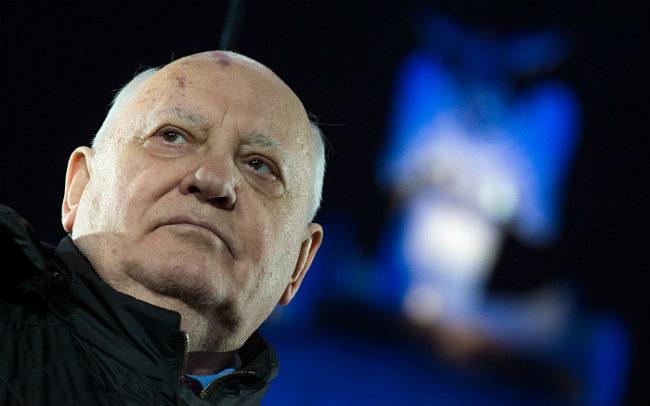 Горбачов видя в действията на НАТО стъпки към подготовка за война