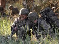 Guardian: НАТО играе опасна игра в Прибалтика