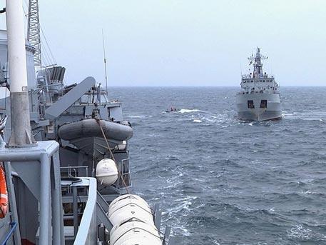 """Командир на """"Азов"""": При конфликт с Русия комичният украински флот ще бъде потопен за 40 минути"""