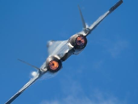 Руският самолет от шесто поколение ще бъде въоръжен с електромагнитно оръдие