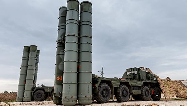 """С-400 """"Триумф"""" ще защитава Крим от август"""