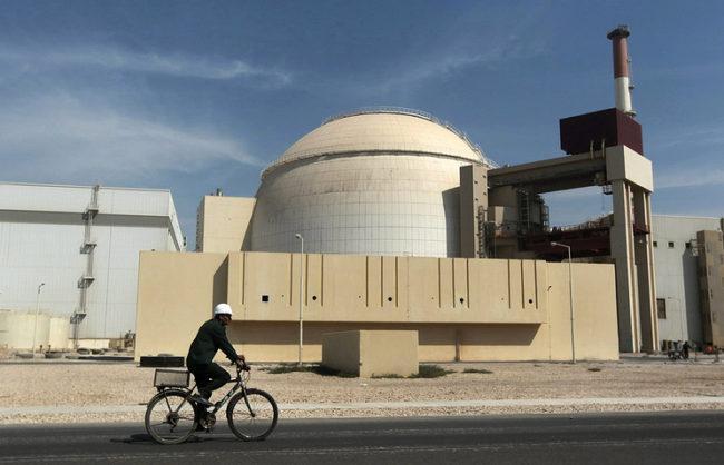 """Русия може да построи още 2 реактора в АЕЦ """"Бушер"""" в Иран за $10 млрд."""