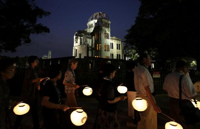 Япония отбелязва 71 години от атомната бомбардировка на Хирошима