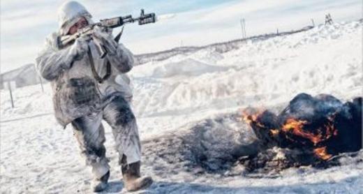 Руски войник от арктическите дивизии по време на маневри, Снимка: АФП