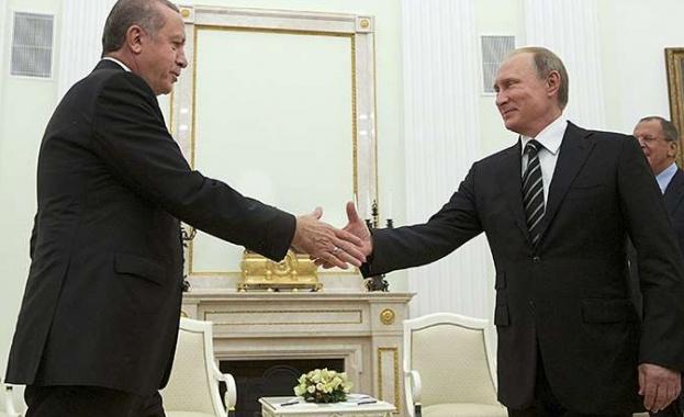 Русия и Турция съюзяват отбраната и разузнаването си