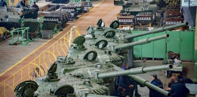 Украйна купува резервни части за бронираната си техника от Русия