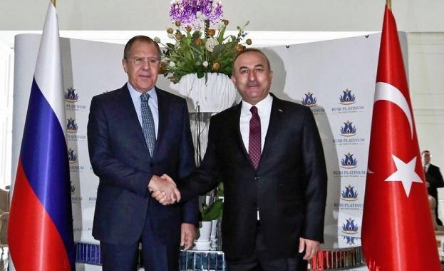 Лавров се срещна с турския си колега Чавушоглу заради Сирия